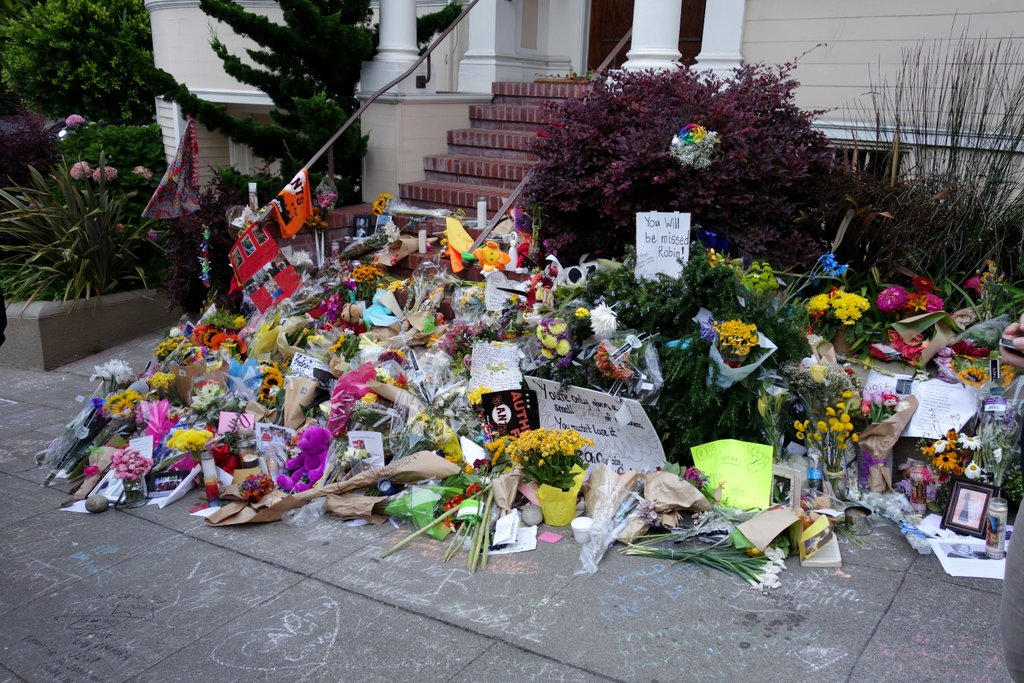 In Pictures – Outpouring Of Love At Mrs. Doubtfire Home