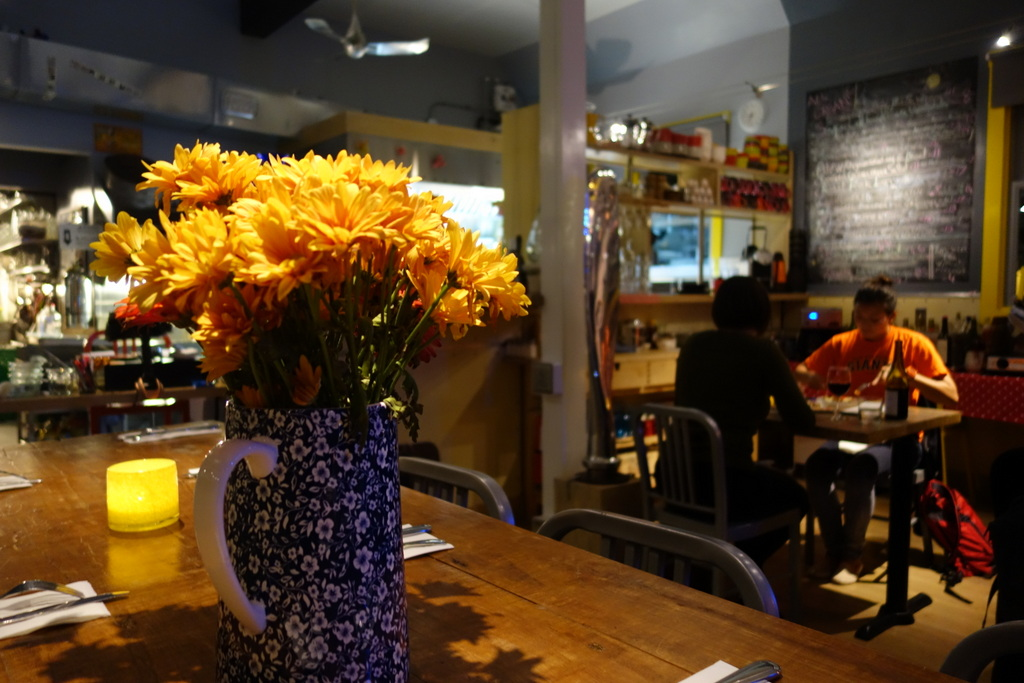 Mom And Pop Bistro L'Aviateur Skips The Pretense