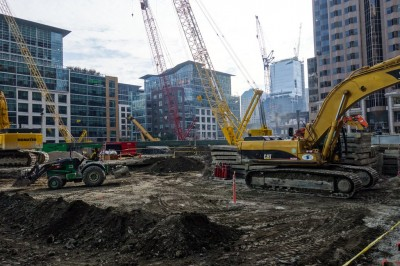 salesforce-tower-construction-winter-update-2015-1