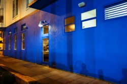 Als-Place-Restaurant-Exterior-Blue-Wall-1