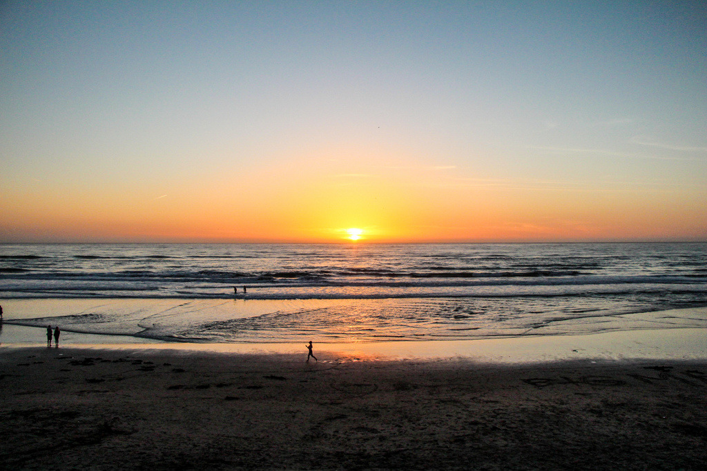 In Pictures – A Spring Sunset From Ocean Beach