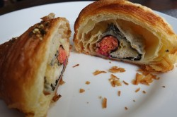 mr-holmes-bakehouse-california-roll-croissant