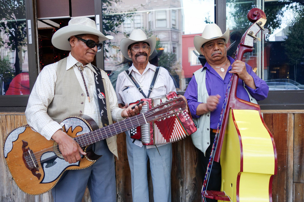 In Pictures: Street Musicians Of The Mission
