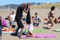 tony-eason-free-outdoor-yoga-outer-sunset-beach-13