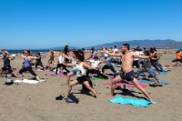 tony-eason-free-outdoor-yoga-outer-sunset-beach-4