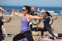 tony-eason-free-outdoor-yoga-outer-sunset-beach-5