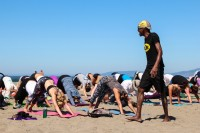 tony-eason-free-outdoor-yoga-outer-sunset-beach-8