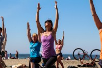tony-eason-free-outdoor-yoga-outer-sunset-beach-9