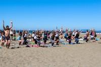 tony-eason-free-outdoor-yoga-outer-sunset-beach-hero-2
