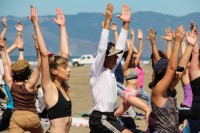 tony-eason-free-outdoor-yoga-outer-sunset-beach-hero-3