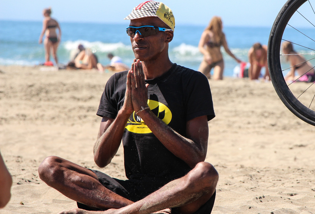 Free Yoga On The Sands Of Ocean Beach