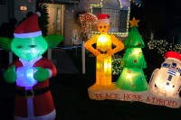 treeside-court-christmas-lights-2015-13