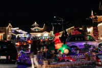 treeside-court-christmas-lights-2015-8-1-hero