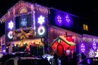 treeside-court-christmas-lights-2015-9