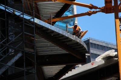 salesforcetower-construction-worker