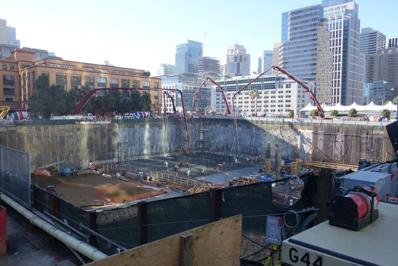 Big Concrete Pour at 201 Folsom Street